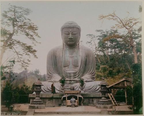 Buda de Kamakura. (Foto: Adolfo Farsari, 1885)