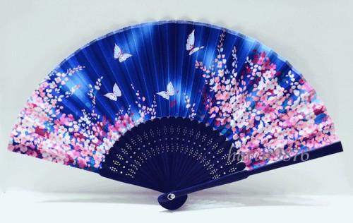 Abanico de mariposas, símbolo del amor en el matrimonio. (Foto: www.jpninfo.com)