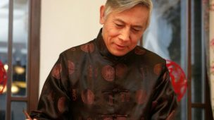 Hombre chino en traje típico. (www.viajejet.com)