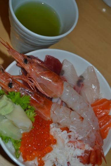 Sashimi y té verde